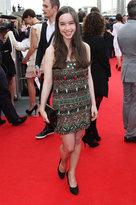 anna popplewell beaded dress anna popplewell  stylebistro
