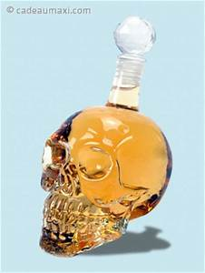 Verre A Whisky Tete De Mort : bouteille pour whisky t te de mort cadeaumaxi ~ Teatrodelosmanantiales.com Idées de Décoration