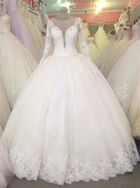 classic ball gown wedding dress  sleevesprincess