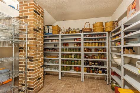Stauraum Fuer Die Garage Richtig Verstauen Und Lagern by Kellerregale Ideal Zum Verstauen Pers 246 Nlichen Dingen