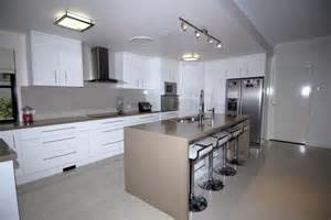 laminex kitchen ideas view topic anyone used ceasarstone pls show