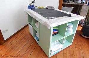 Nähzimmer Einrichten Mit Ikea : diy n htisch das raumwunder f rs n hzimmer mamahoch2 ~ Orissabook.com Haus und Dekorationen