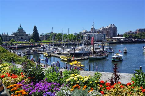 Must Visit The Victoria's Inner Harbour In Vacation ...