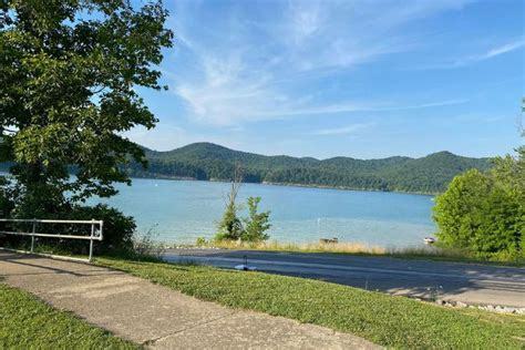 The scenic campground offers a cabin rental, tent camping, rv sites with electric hookups and a selection of lakefront sites. Coroner says Cave Run Lake drowning victim was from Lexington