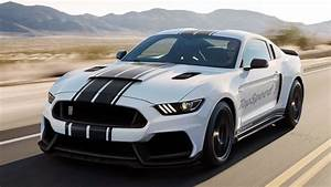 2016 Ford Shelby GT350R Mustang Review - Top Speed