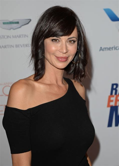 Catherine Bell Short Wavy Cut   Short Hairstyles Lookbook
