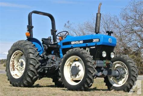 1900 New Holland Agriculture 3930 for Sale in Granbury