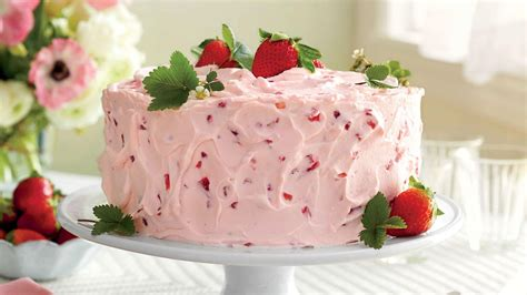 how to make classic strawberry shortcake southern living
