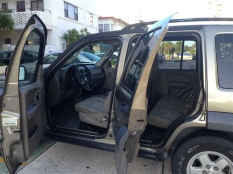 used jeep liberty interior purchase used 2005 jeep liberty sport 6cc 4x4 engine 3 7