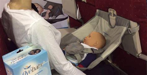siege bebe avion le siège hamac flyebaby nos impressions bb jetlag