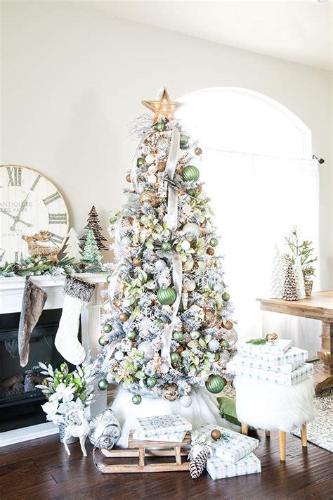 metallic winter wonderland christmas tree
