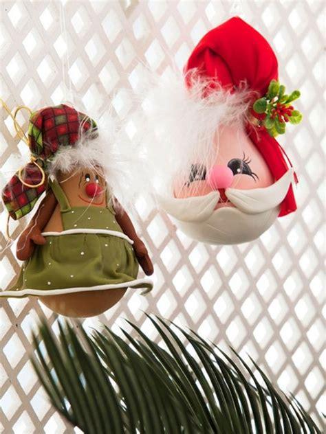 easy diy christmas ornaments   light bulbs