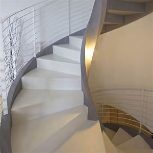 Escalier Colimaçon Beton : escalier en colima on structure en b ton marche en bois avec contremarche eli ca 06 rizzi ~ Melissatoandfro.com Idées de Décoration