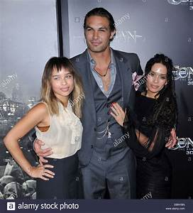 Zoe Kravitz, Jason Momoa, and Lisa Bonet The LA premiere ...