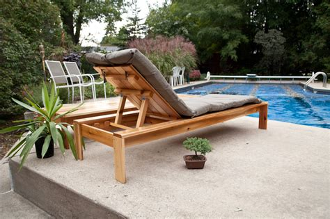 white single simple modern outdoor lounger diy
