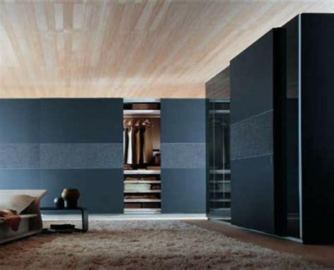 ein moderner kleiderschrank  ihrem schlafzimmer