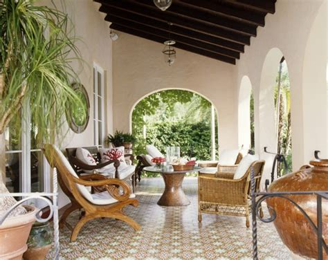 Home N Decor Magazine : Old Spanish Style Veranda... Love! Tria Giovan Photography
