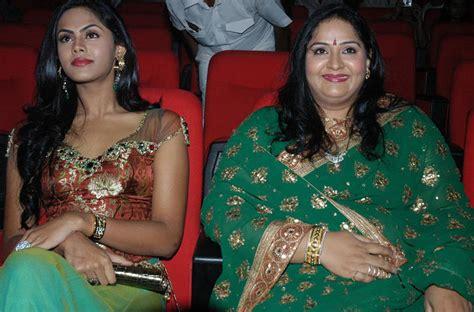 old malayalam actress karthika family karthika radha family pics stills bay movie actor