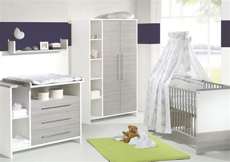 chambre bebe complete avec lit evolutif grossesse et b 233 b 233