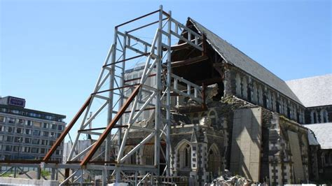 christchurch cathedral reinstatement progresses  steel