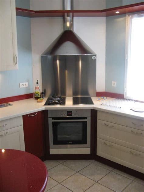 cuisine avec plaque de cuisson en angle cuisine avec angle table de cuisine d angle 8 meuble angle cuisine sur mesure amenager votre