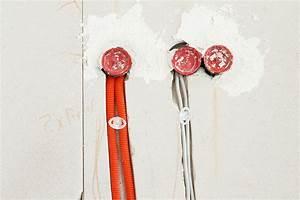 Kabel An Wand Befestigen : elektroinstallation mit oder ohne kabelschutzrohr ~ Michelbontemps.com Haus und Dekorationen