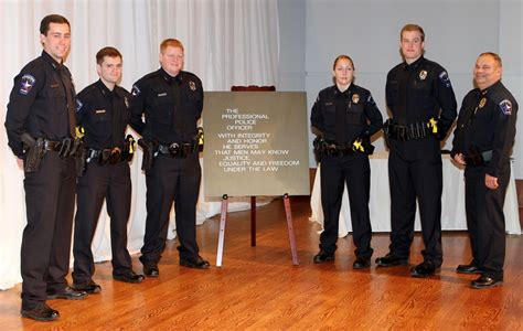 foto de Mesquite Police Department graduates five recruits from
