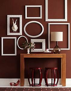 Empty picture frames stylish wall decoration ideas