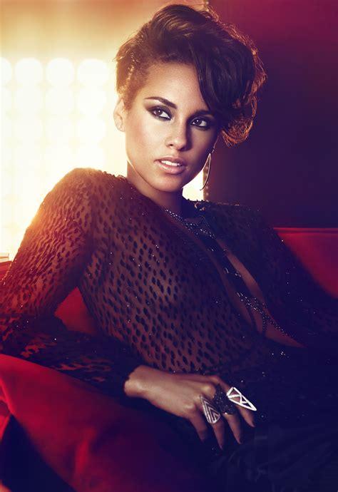 Alicia Keys  Girl On Fire Album Promo Photos