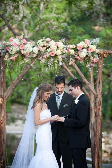 texas hill country wedding  pecan grove  nicole chatham