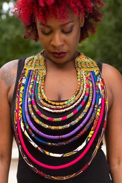 GRAND COLLIER TISSU AFRICAIN WAX : Collier par ekeeya ...