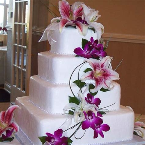 Cake Decorating With Real Flowers - real or flowers cake decorating