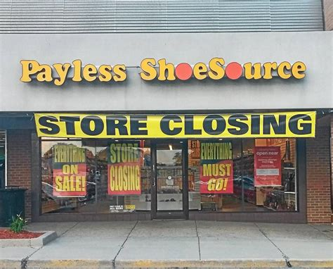 payless files  bankruptcy   close  stores