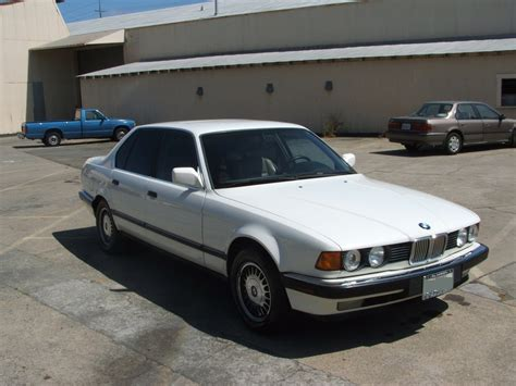 1990 Bmw 7 Series Photos, Informations, Articles