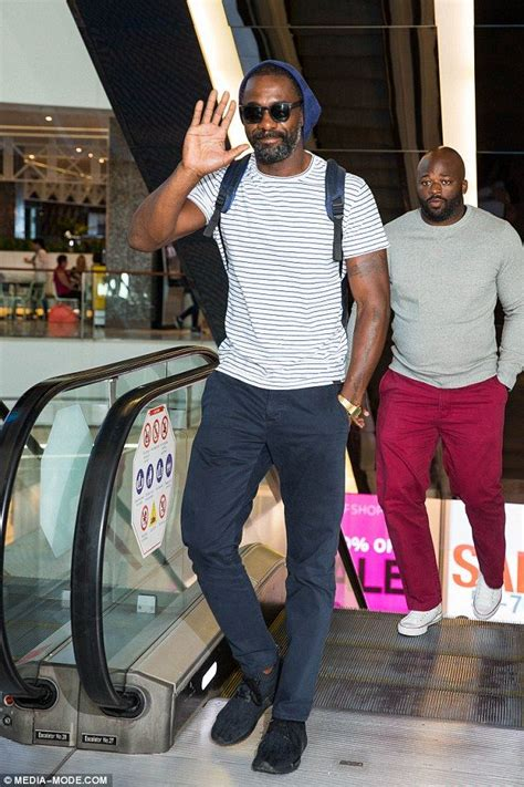 Thor's Idris Elba takes a break from filming for a store ...
