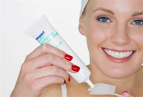 Home Teeth Whitening by 10 Secrets To Whiter Teeth With Pictures