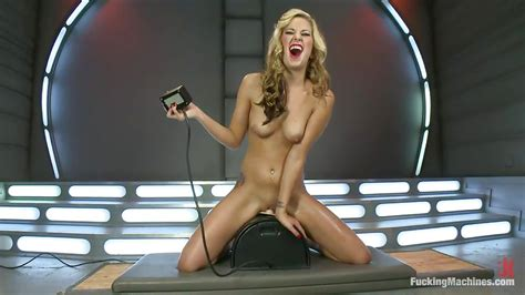 Dallas Blaze In Blonde And Her Fucking Machine Hd