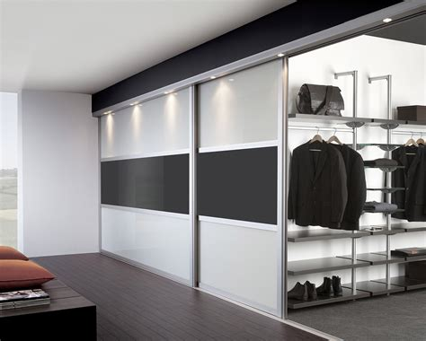 Fitted Sliding Door Wardrobes And Bedroom