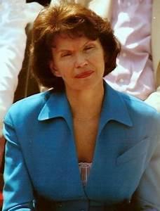 FileDanielle Mitterrand 1991jpg Wikimedia Commons