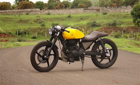 Karizma Modified Cafe Racer by Hybrid Of Cafe Racer And Scrambler Check Out Carnage From