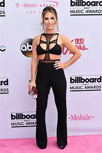 Billboard Music Awards Red Carpet 2017 Style Statements ...