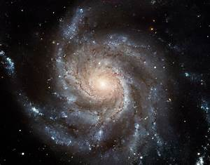 HubbleSite - Picture Album: Hubble's Largest Galaxy ...