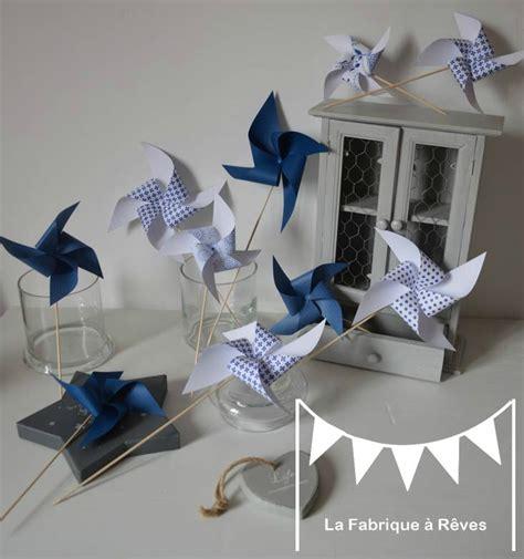 idee chambre bébé moulins à vent bleu marine et blanc mariage baptême