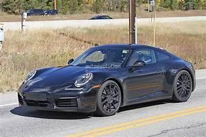 2019 Porsche 911 : spyshots 2019 porsche 911 reveals digital dashboard with analog rev counter autoevolution ~ Medecine-chirurgie-esthetiques.com Avis de Voitures