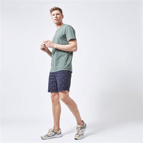 korte broeken met deze shorts  elke man stijlvol de zomer van