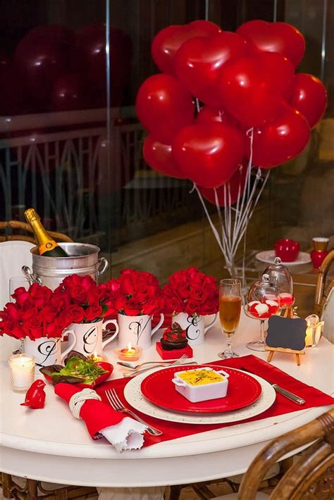 dinner table decoration ideas valentine 39 s day dinner table setting with roses and