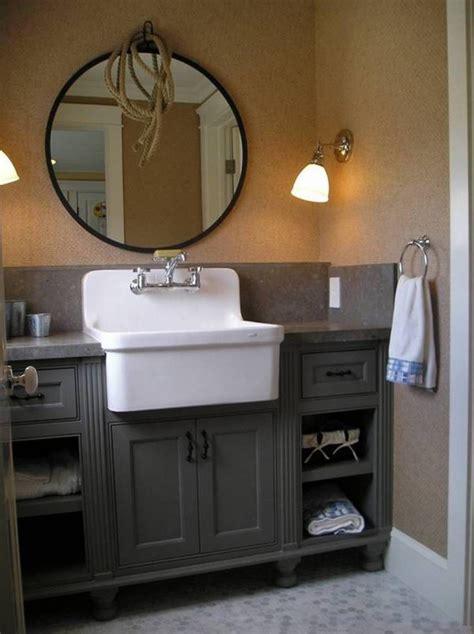 Furniture , Classic Antique Bathroom Vanity : Antique