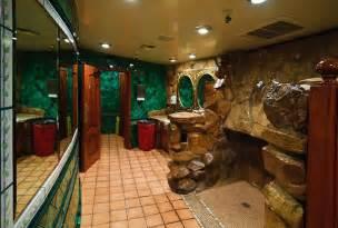 file madonna inn restroom 5641720565 jpg wikimedia commons