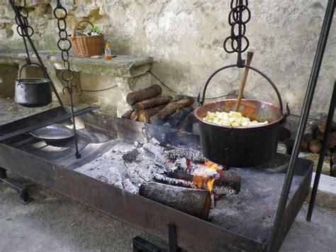 photo de cuisine am駭ag馥 cuisine m 233 di 233 vale les chevaliers de l ordre des quatre vents