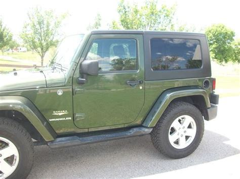 dark green jeep purchase used jeep wrangler sahara dark green great